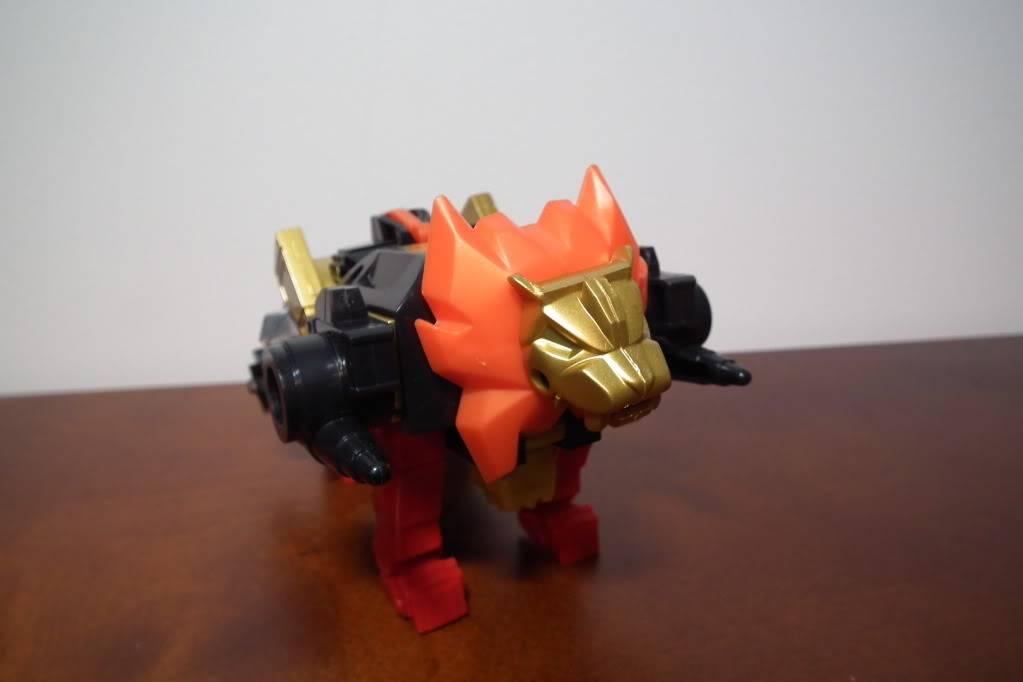 Collection de Braveheart: Venez voir mon musé personnel de Transformers - Page 6 DSCF4092