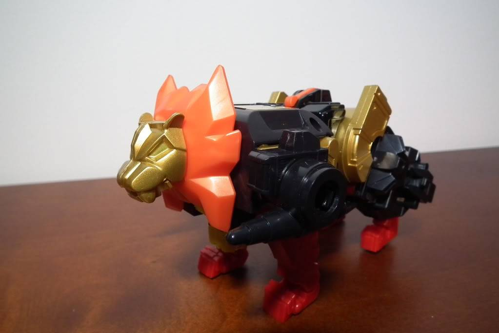Collection de Braveheart: Venez voir mon musé personnel de Transformers - Page 6 DSCF4093