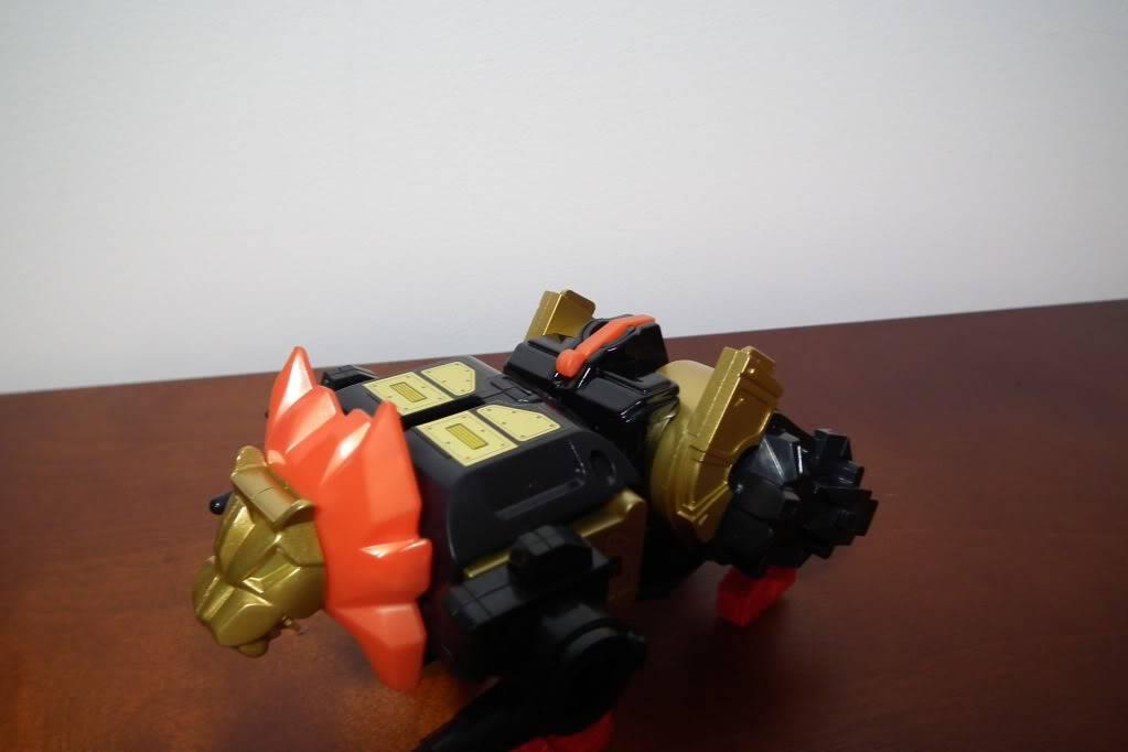 Collection de Braveheart: Venez voir mon musé personnel de Transformers - Page 6 DSCF4094