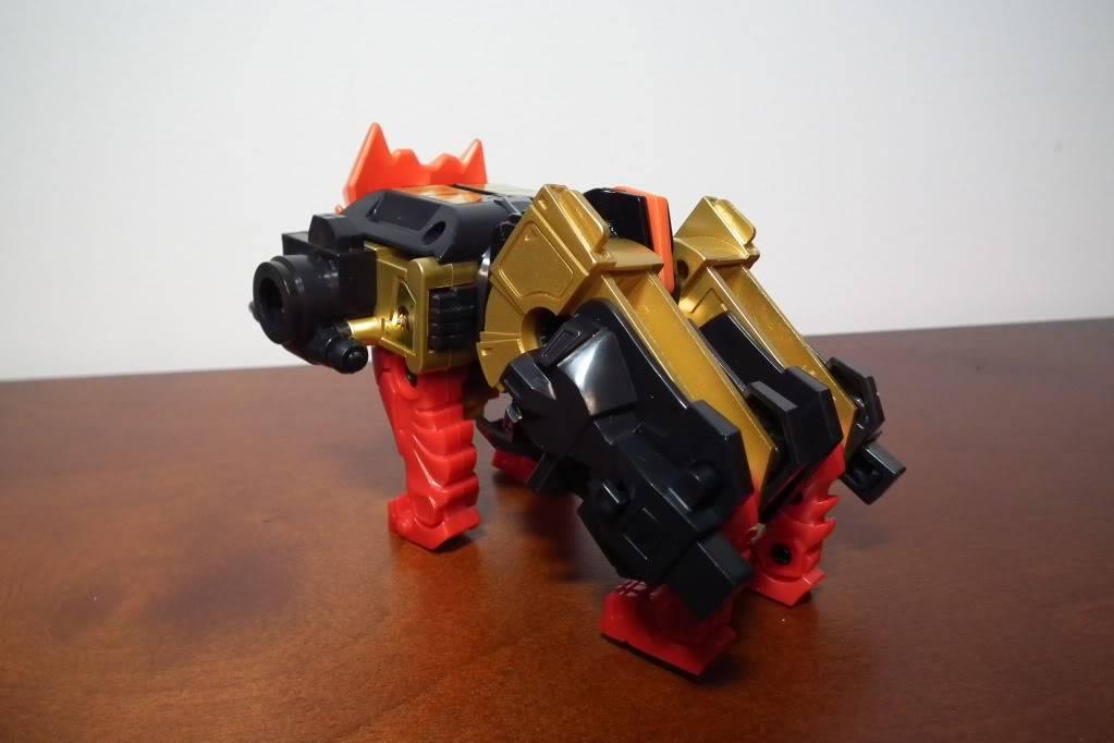 Collection de Braveheart: Venez voir mon musé personnel de Transformers - Page 6 DSCF4096