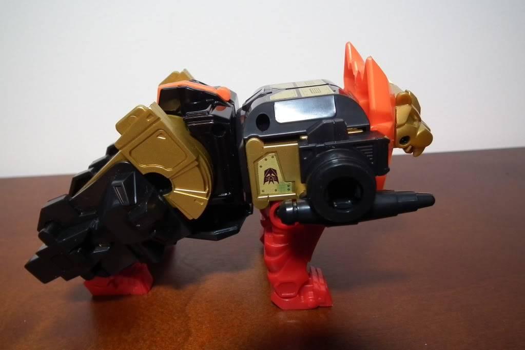 Collection de Braveheart: Venez voir mon musé personnel de Transformers - Page 6 DSCF4097