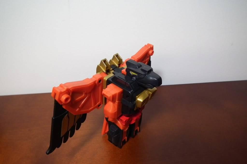 Collection de Braveheart: Venez voir mon musé personnel de Transformers - Page 6 DSCF4100