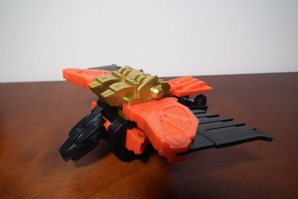 Collection de Braveheart: Venez voir mon musé personnel de Transformers - Page 6 DSCF4103