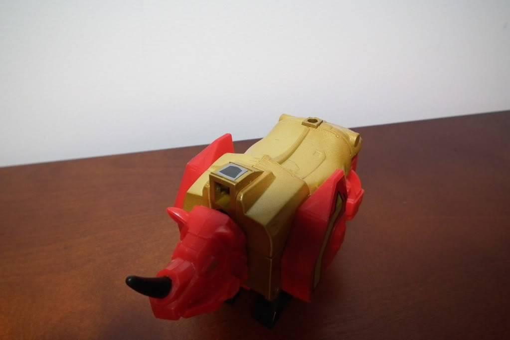 Collection de Braveheart: Venez voir mon musé personnel de Transformers - Page 6 DSCF4106