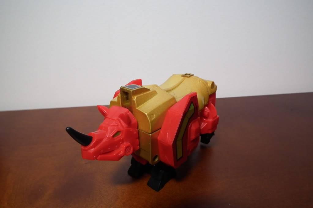 Collection de Braveheart: Venez voir mon musé personnel de Transformers - Page 6 DSCF4107