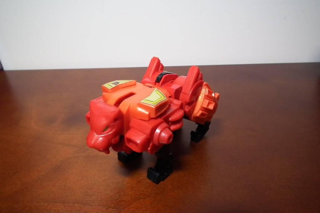 Collection de Braveheart: Venez voir mon musé personnel de Transformers - Page 6 DSCF4115