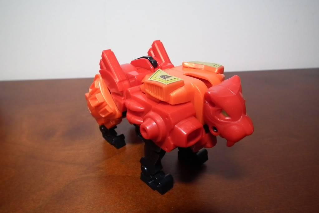 Collection de Braveheart: Venez voir mon musé personnel de Transformers - Page 6 DSCF4116