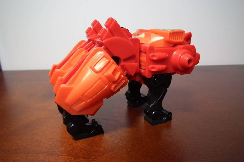 Collection de Braveheart: Venez voir mon musé personnel de Transformers - Page 6 DSCF4117