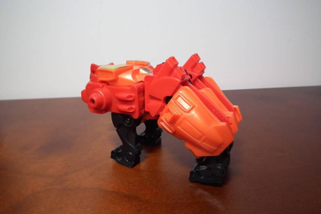 Collection de Braveheart: Venez voir mon musé personnel de Transformers - Page 6 DSCF4118
