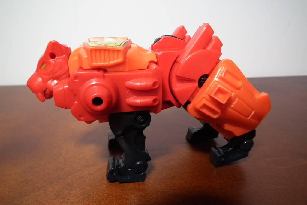 Collection de Braveheart: Venez voir mon musé personnel de Transformers - Page 6 DSCF4119