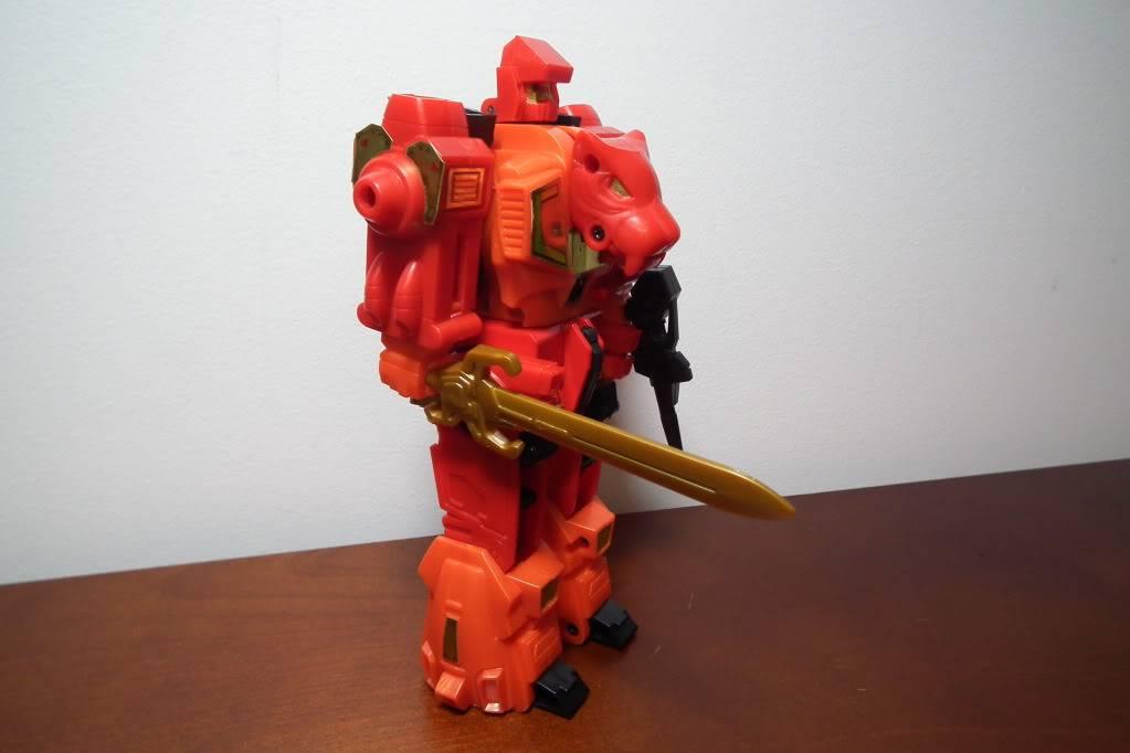 Collection de Braveheart: Venez voir mon musé personnel de Transformers - Page 6 DSCF4121