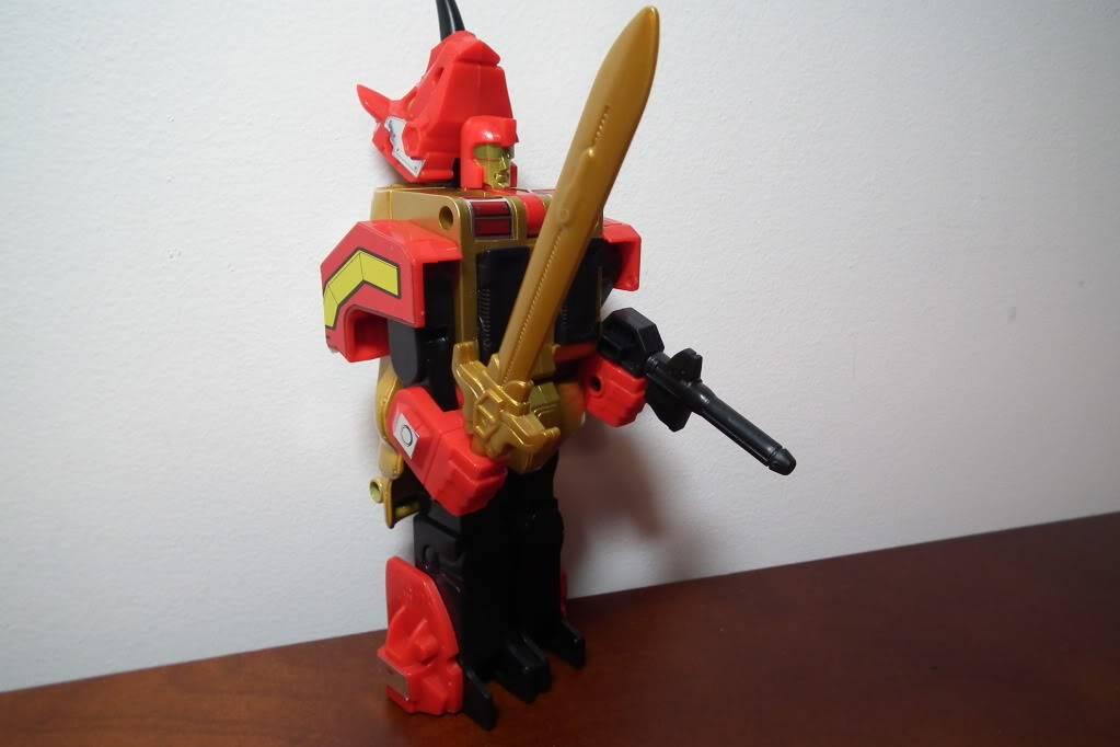Collection de Braveheart: Venez voir mon musé personnel de Transformers - Page 6 DSCF4129