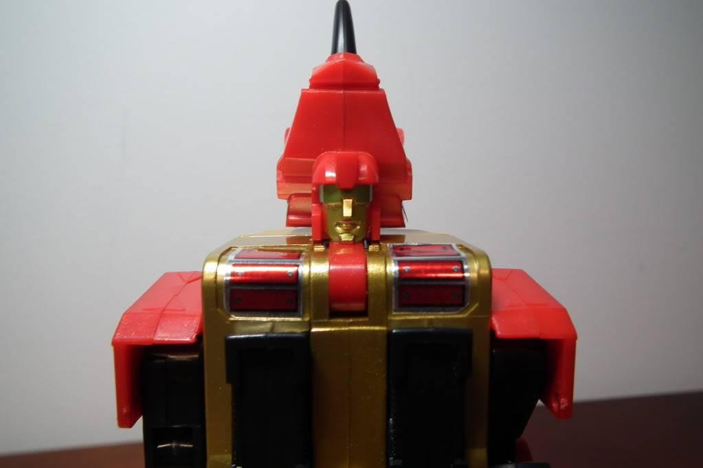 Collection de Braveheart: Venez voir mon musé personnel de Transformers - Page 6 DSCF4131