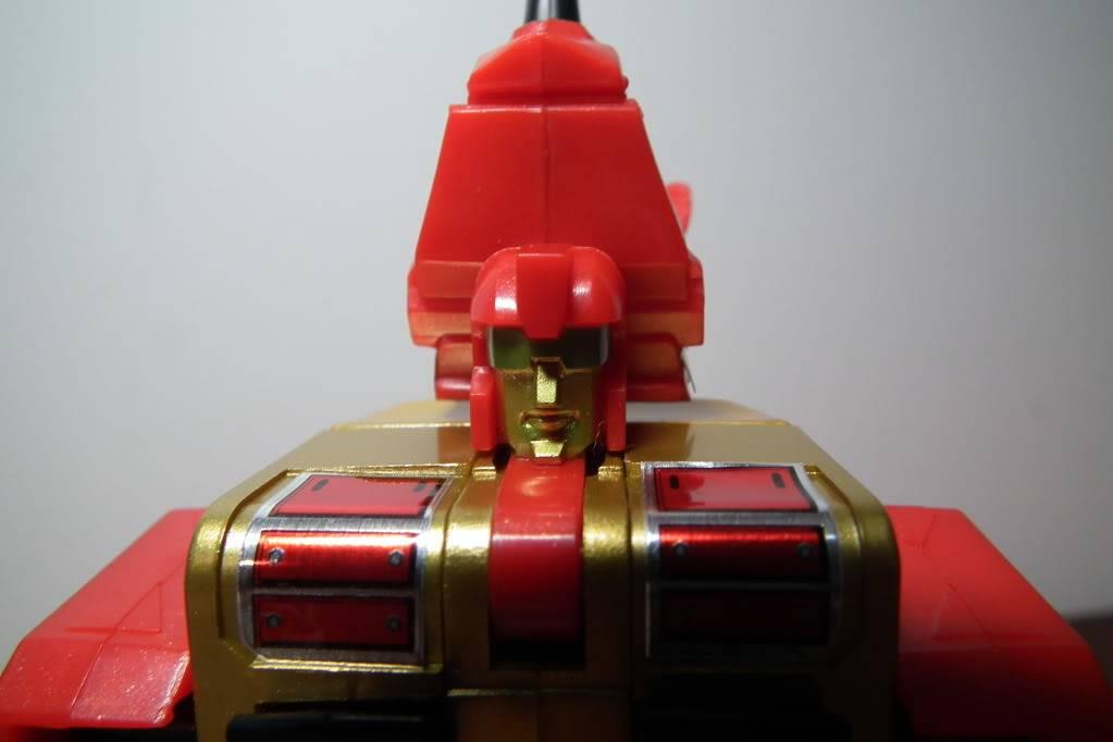 Collection de Braveheart: Venez voir mon musé personnel de Transformers - Page 6 DSCF4132