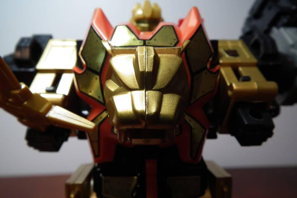 Collection de Braveheart: Venez voir mon musé personnel de Transformers - Page 6 DSCF4142