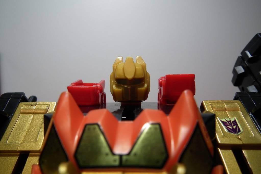 Collection de Braveheart: Venez voir mon musé personnel de Transformers - Page 6 DSCF4143