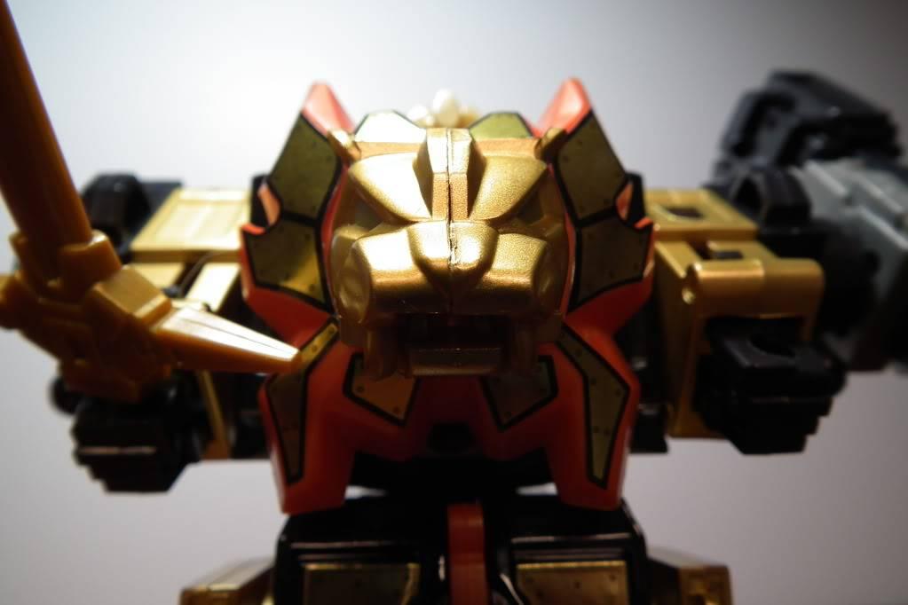 Collection de Braveheart: Venez voir mon musé personnel de Transformers - Page 6 DSCF4144