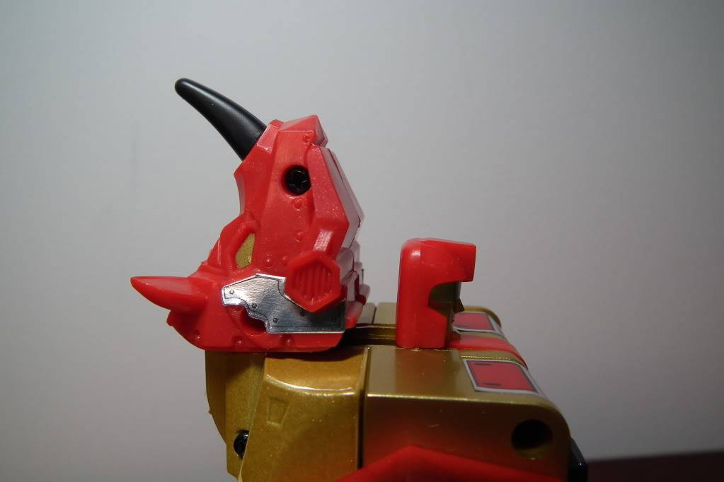 Collection de Braveheart: Venez voir mon musé personnel de Transformers - Page 6 DSCF4158