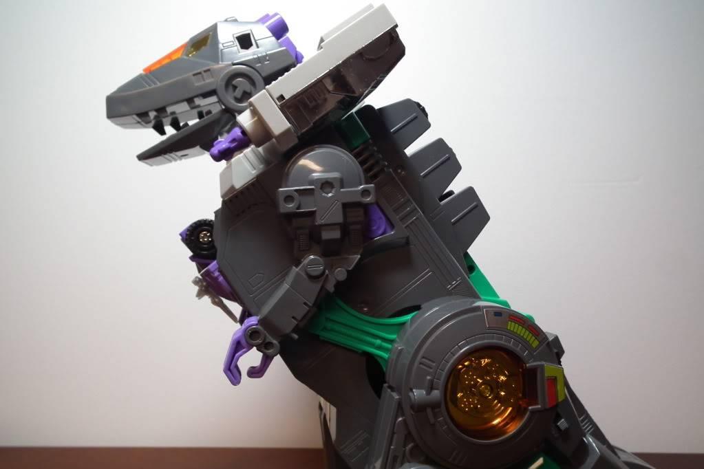 Collection de Braveheart: Venez voir mon musé personnel de Transformers - Page 6 DSCF3104