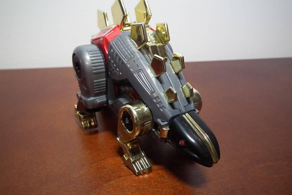 Collection de Braveheart: Venez voir mon musé personnel de Transformers - Page 6 DSCF3136