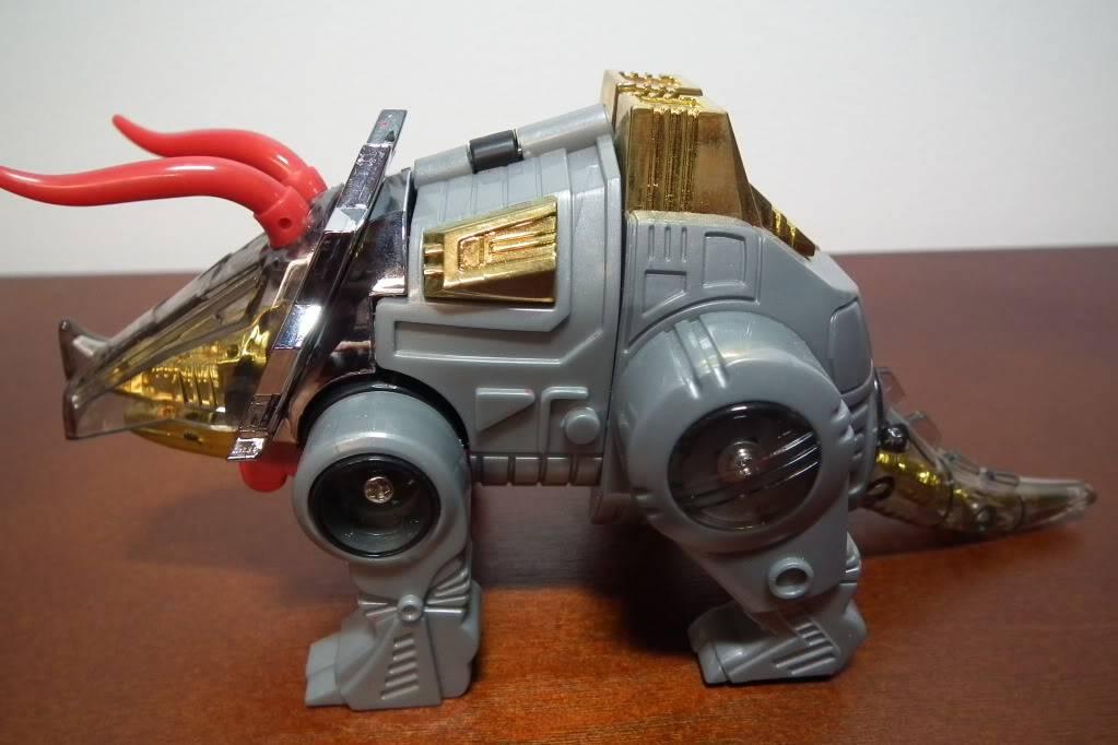 Collection de Braveheart: Venez voir mon musé personnel de Transformers - Page 6 DSCF3143