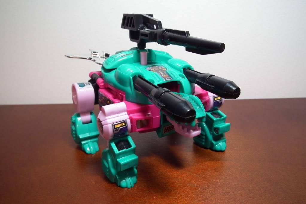 Collection de Braveheart: Venez voir mon musé personnel de Transformers - Page 6 DSCF3274