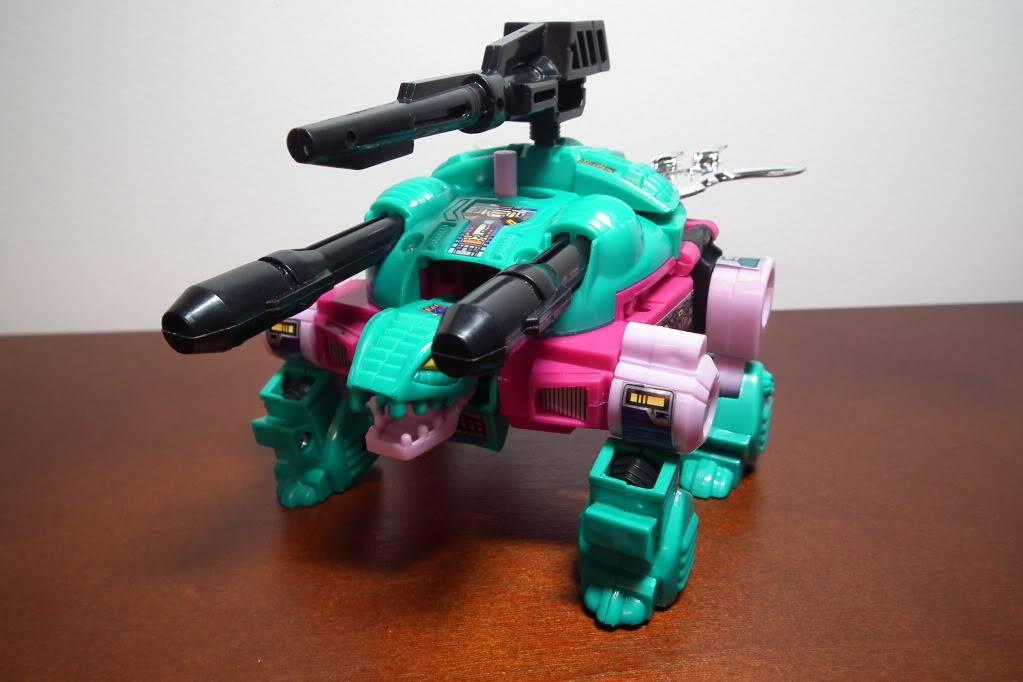 Collection de Braveheart: Venez voir mon musé personnel de Transformers - Page 6 DSCF3275