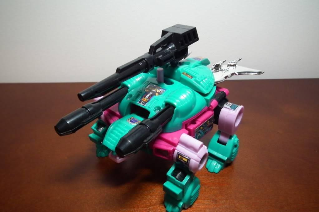 Collection de Braveheart: Venez voir mon musé personnel de Transformers - Page 6 DSCF3278