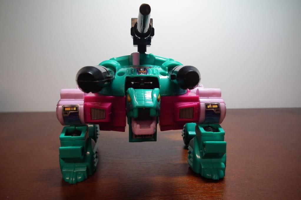 Collection de Braveheart: Venez voir mon musé personnel de Transformers - Page 6 DSCF3305