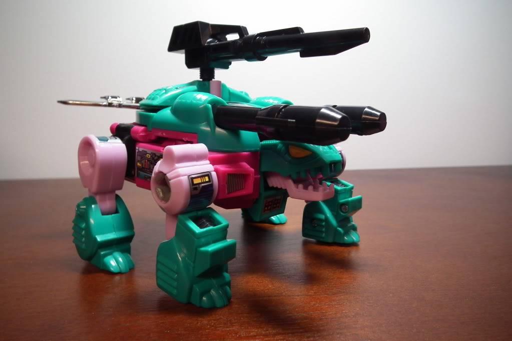 Collection de Braveheart: Venez voir mon musé personnel de Transformers - Page 6 DSCF3307