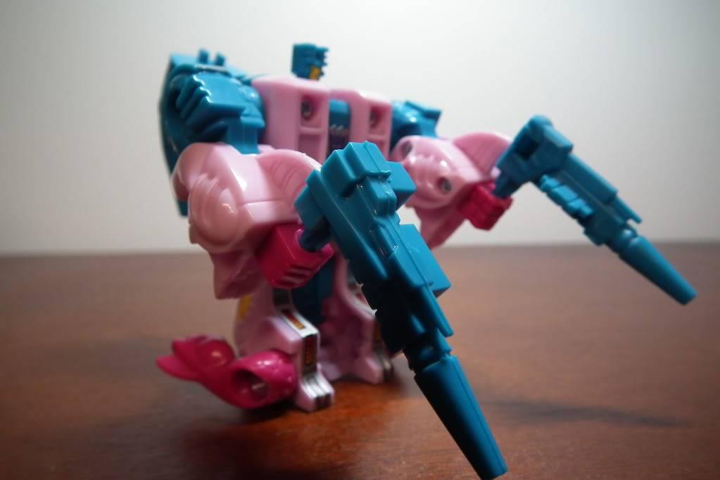 Collection de Braveheart: Venez voir mon musé personnel de Transformers - Page 6 DSCF3332