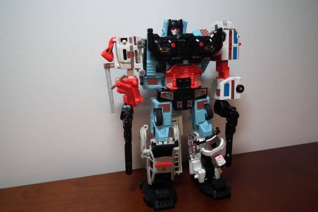 Collection de Braveheart: Venez voir mon musé personnel de Transformers - Page 2 DSCF1983