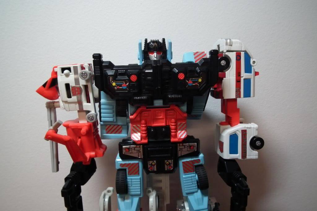 Collection de Braveheart: Venez voir mon musé personnel de Transformers - Page 2 DSCF1985