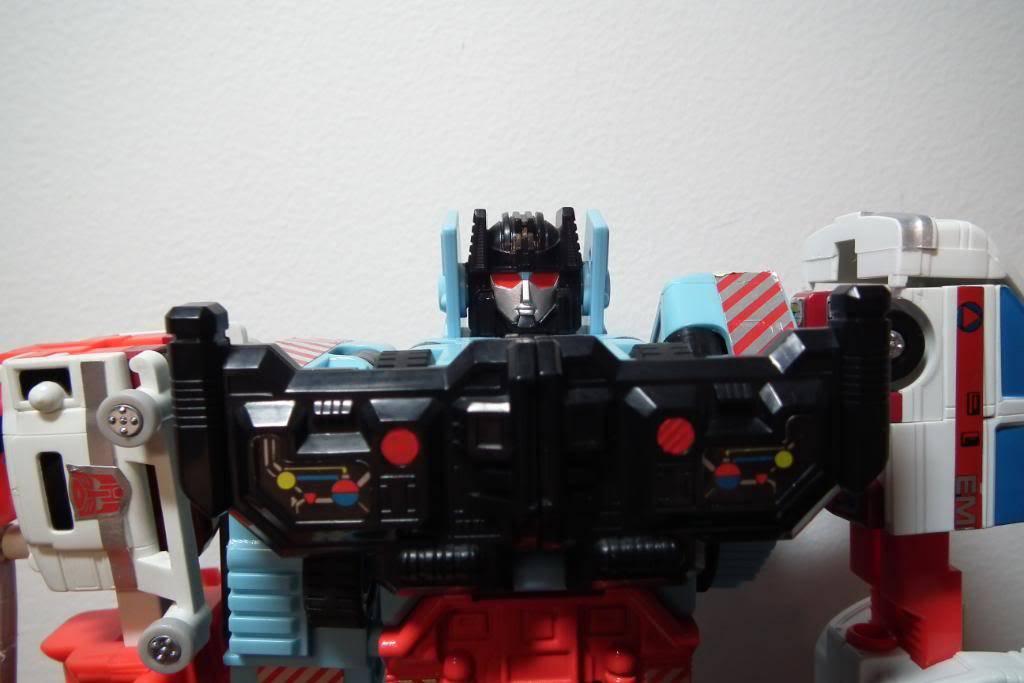 Collection de Braveheart: Venez voir mon musé personnel de Transformers - Page 2 DSCF1986
