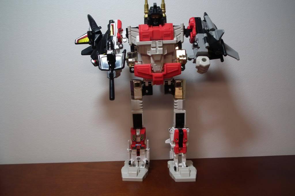 Collection de Braveheart: Venez voir mon musé personnel de Transformers - Page 2 DSCF1987