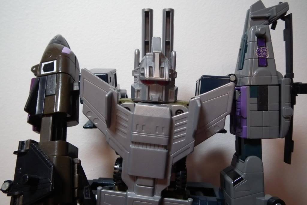 Collection de Braveheart: Venez voir mon musé personnel de Transformers - Page 2 DSCF2002