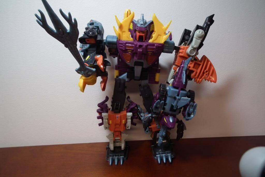 Collection de Braveheart: Venez voir mon musé personnel de Transformers - Page 2 DSCF2010
