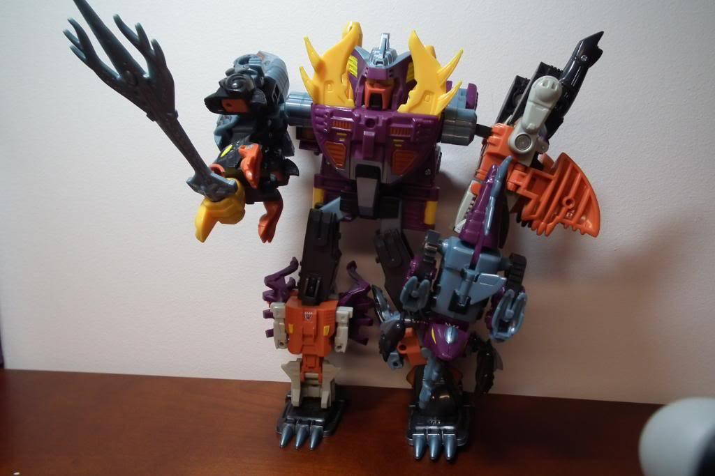 Collection de Braveheart: Venez voir mon musé personnel de Transformers - Page 2 DSCF2012