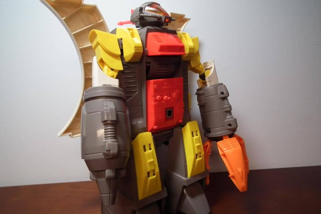 Collection de Braveheart: Venez voir mon musé personnel de Transformers - Page 2 DSCF2333