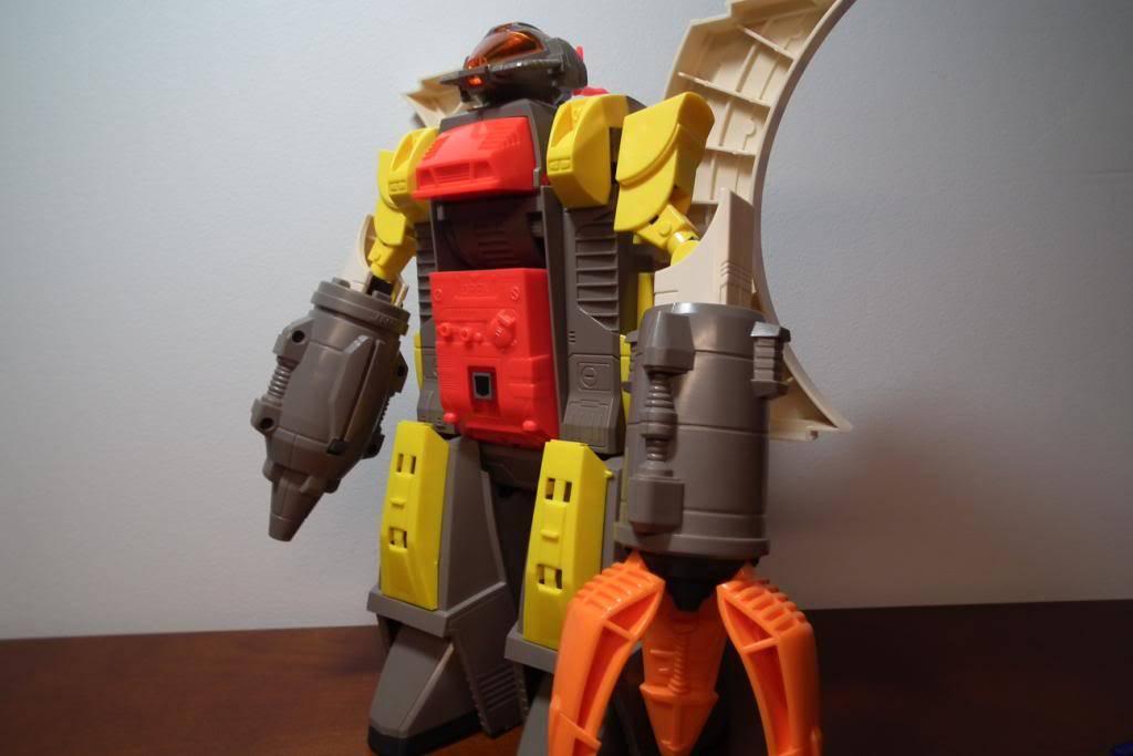 Collection de Braveheart: Venez voir mon musé personnel de Transformers - Page 2 DSCF2334