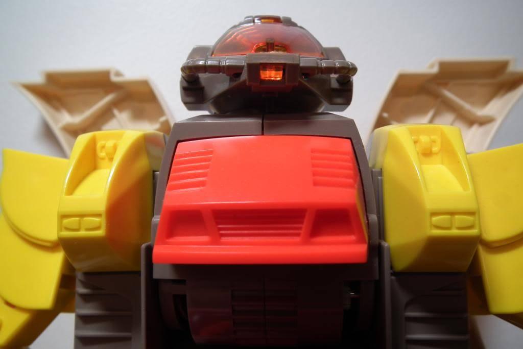 Collection de Braveheart: Venez voir mon musé personnel de Transformers - Page 2 DSCF2336