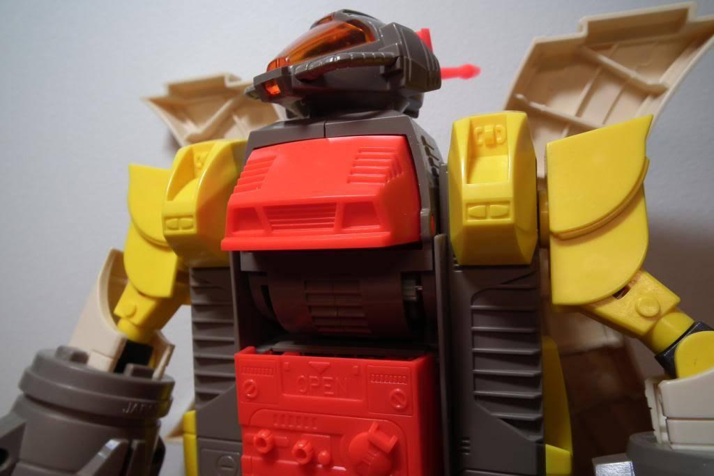 Collection de Braveheart: Venez voir mon musé personnel de Transformers - Page 2 DSCF2338