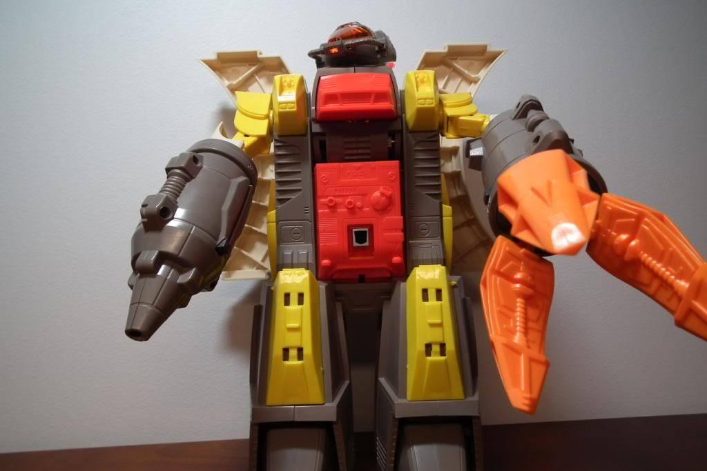 Collection de Braveheart: Venez voir mon musé personnel de Transformers - Page 2 DSCF2340