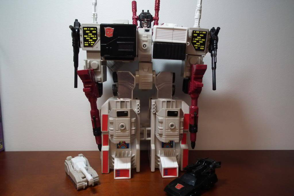 Collection de Braveheart: Venez voir mon musé personnel de Transformers - Page 2 DSCF2341
