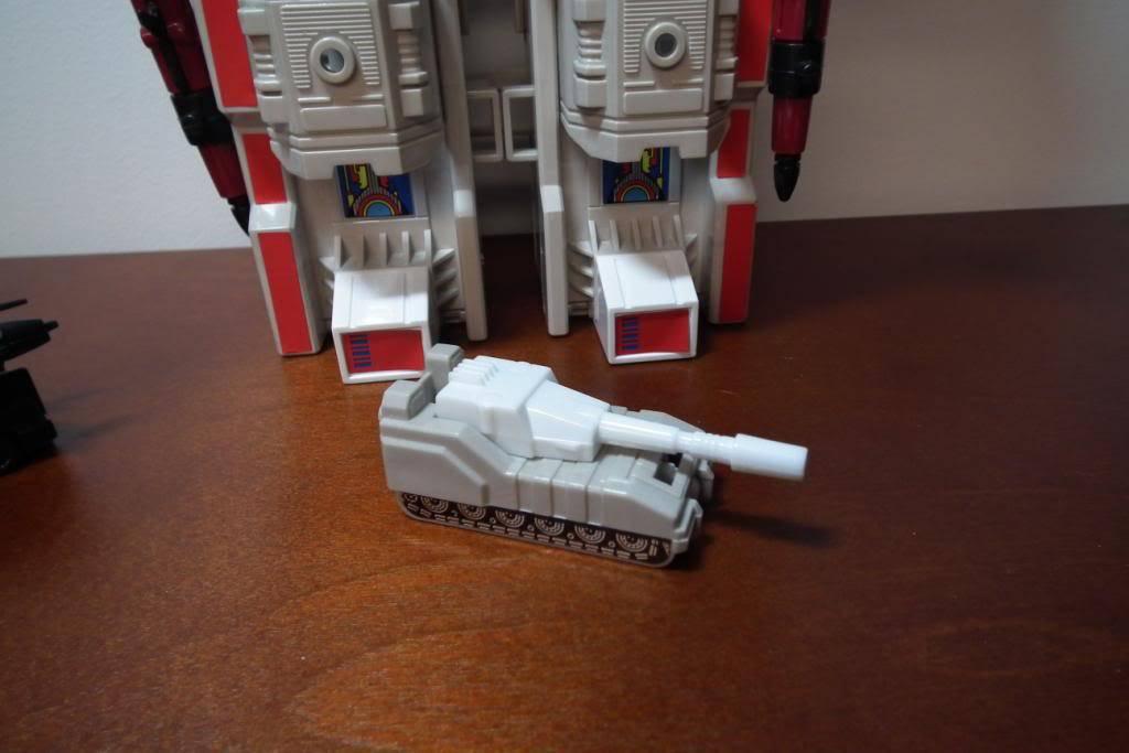 Collection de Braveheart: Venez voir mon musé personnel de Transformers - Page 2 DSCF2344