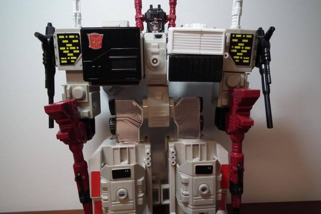 Collection de Braveheart: Venez voir mon musé personnel de Transformers - Page 2 DSCF2346
