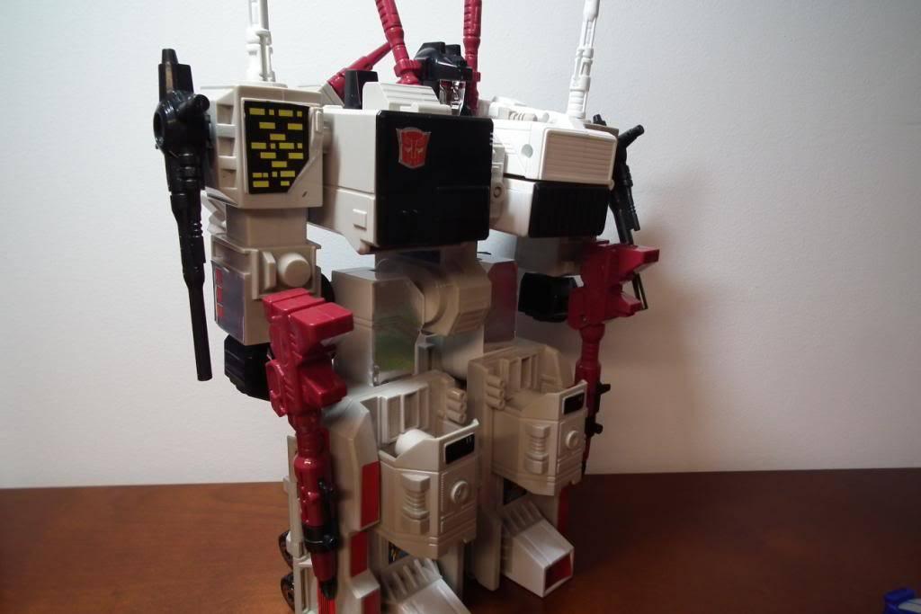 Collection de Braveheart: Venez voir mon musé personnel de Transformers - Page 2 DSCF2350