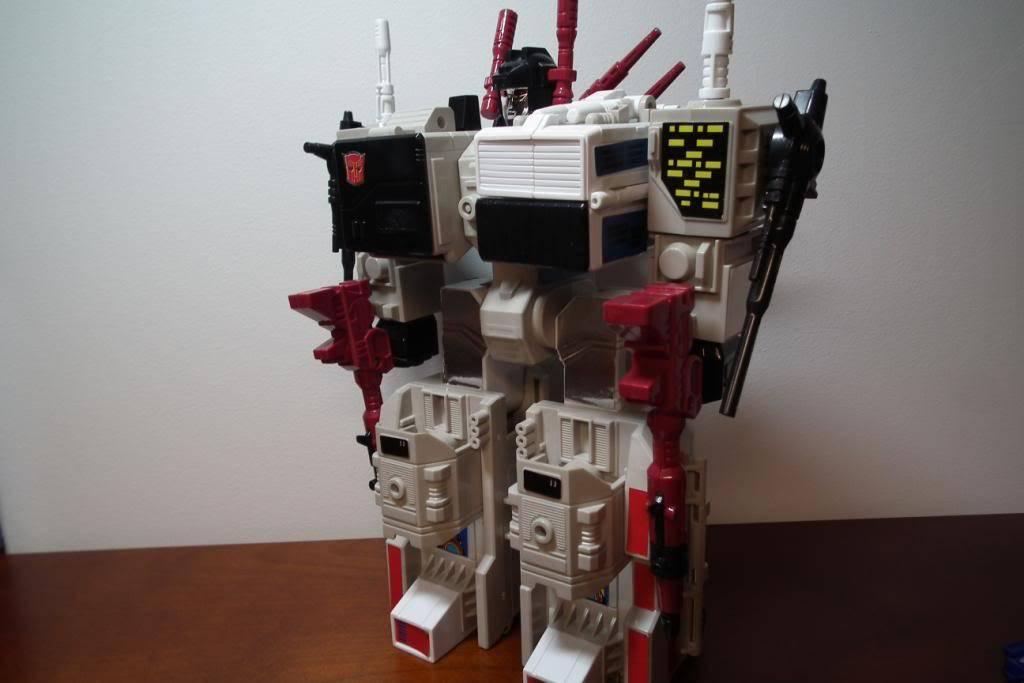 Collection de Braveheart: Venez voir mon musé personnel de Transformers - Page 2 DSCF2351
