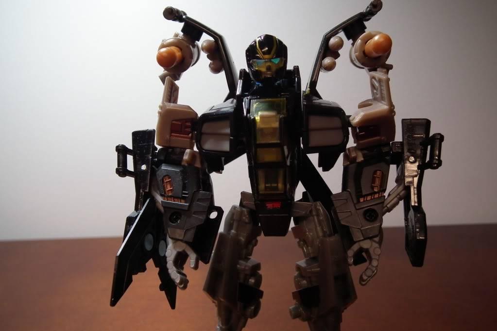 Collection de Braveheart: Venez voir mon musé personnel de Transformers - Page 6 DSCF3636