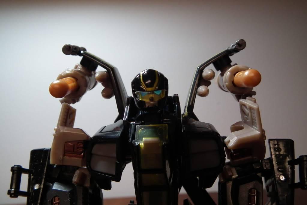 Collection de Braveheart: Venez voir mon musé personnel de Transformers - Page 6 DSCF3637